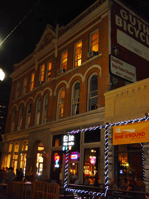 Guthrie Building on Gallery Stroll night