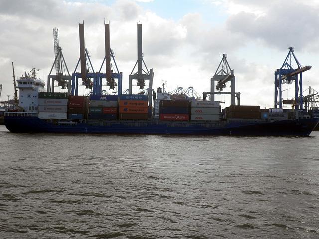Feeder-Containerschiff   SYLT