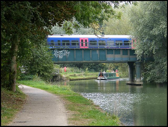 Thames train