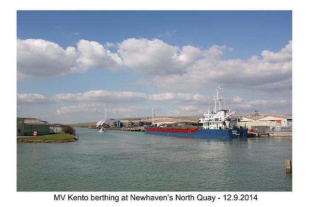 MV Kento at Newhaven, North Quay - 12.9.2014