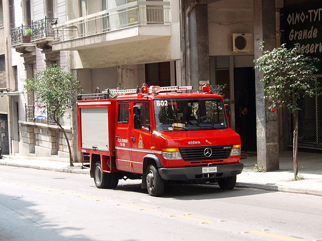 Fire engine B02