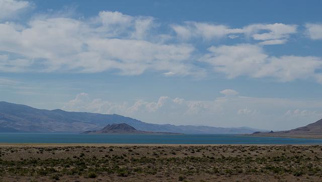 NV-447 Pyramid Lake (0159)
