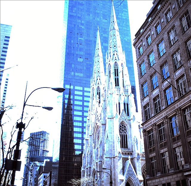 St Patrick's Cathedral, Fifth Avenue