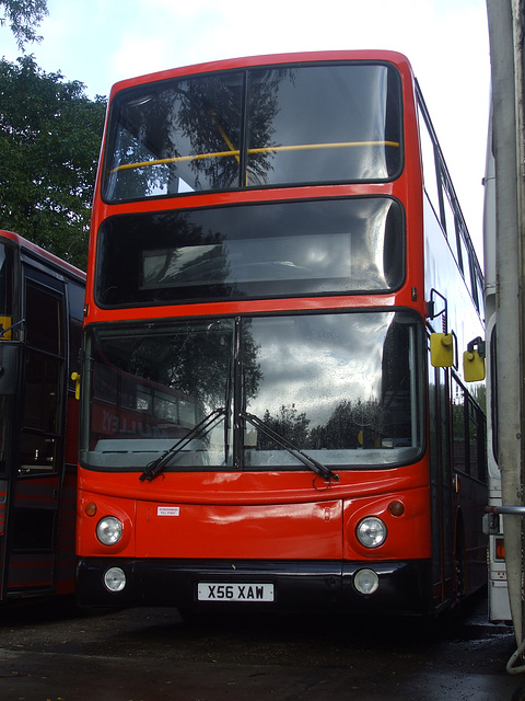 DSCF5762 Mulleys Motorways X56 XAW (00D 70107)