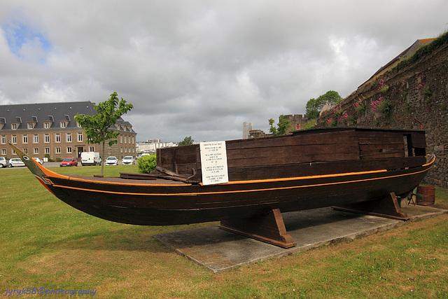 A boat_Château de Brest_Bretagne