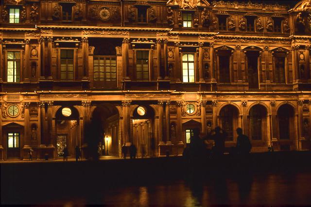 Paris   -  Louvre at night