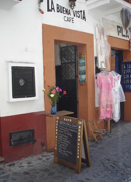 La Buena Vista Café.