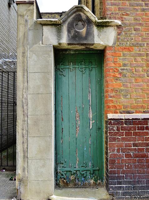 merchant taylors' school mission, shacklewell, london