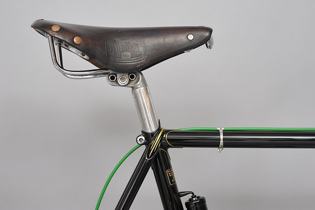 #721891 Wrap over top eyes. Seat tube spear point. Campag binder bolt (2014)