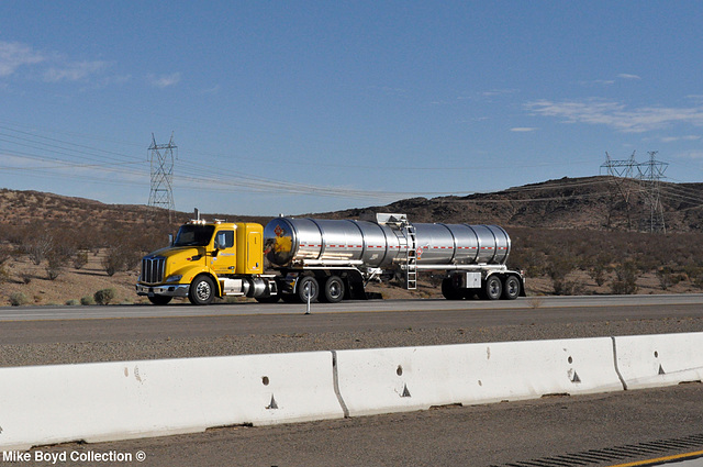 pacific tank lines pb 579 tanker i15 apple valley ca 07'14