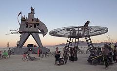 Alien Siege Machine (0524)