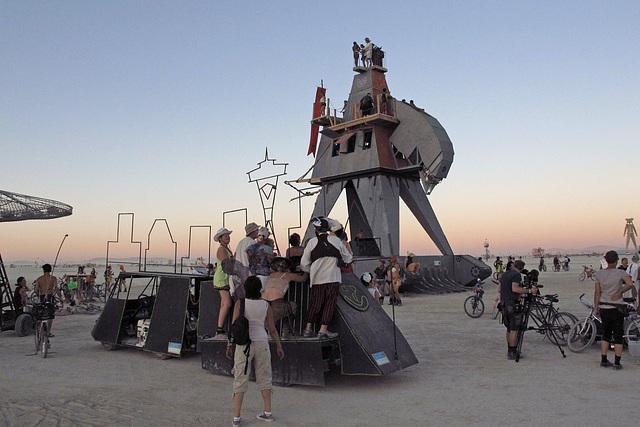 Alien Siege Machine (0522)