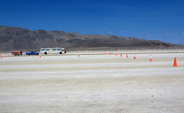 16 Lanes on the Entrance Road for Burning Man 2014 (0336)