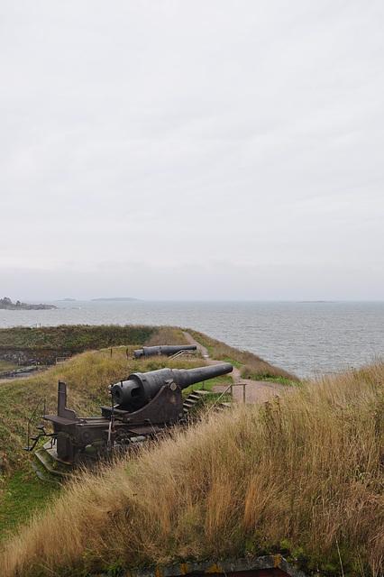 Suomenlinna cannon
