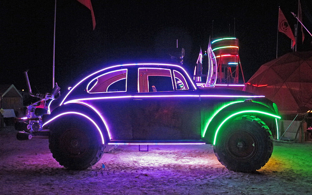 Camp Walter's VW Bug (0361)