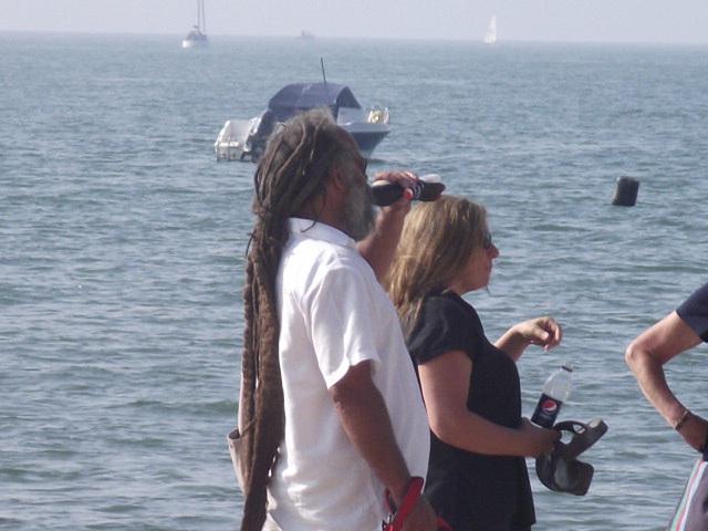 Billy Ocean look-alike on the beach