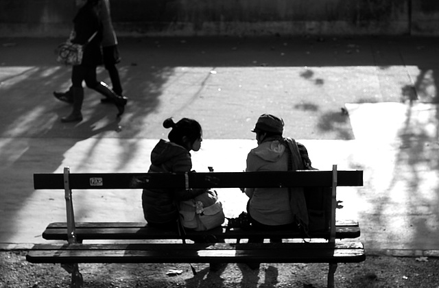 Some days in Paris, a bench for two