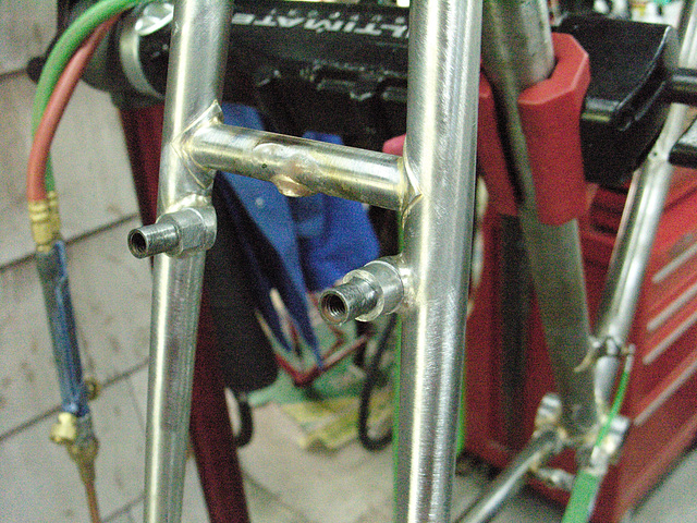 #CT209 Finished seat stay bridge and rear brake bosses. Note: threaded fender mount under brake bridge (2009)