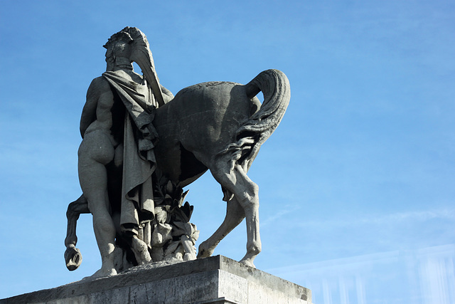 A man and his horse, some days in Paris