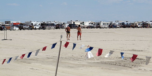Entrance Road for Burning Man 2014 (0341)
