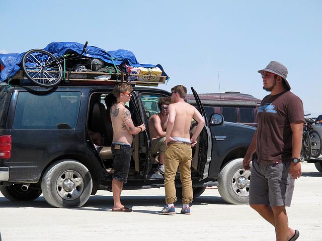 Entrance Road for Burning Man 2014 (0347)