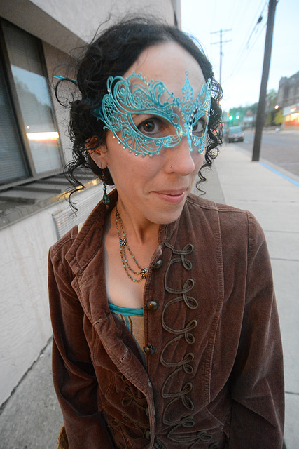 The arrival of Ivy Ilk a/k/a Laura Farrell at the Steampunk Masqued Ball