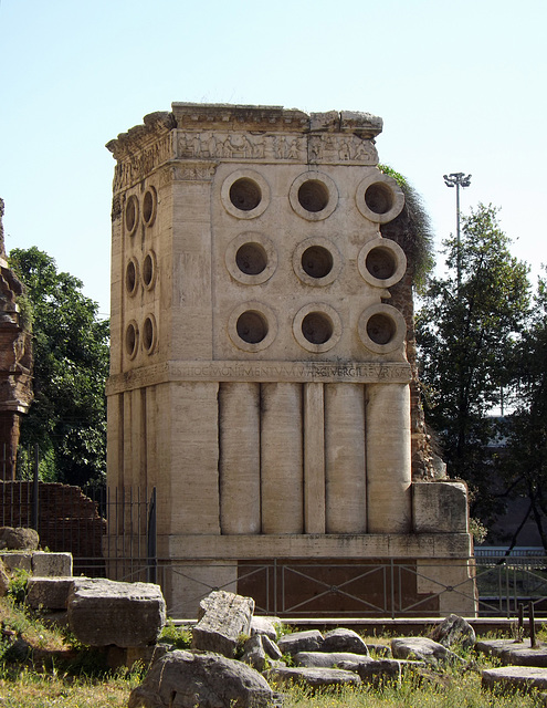 The Tomb of Eurysaces in Rome, June 2012