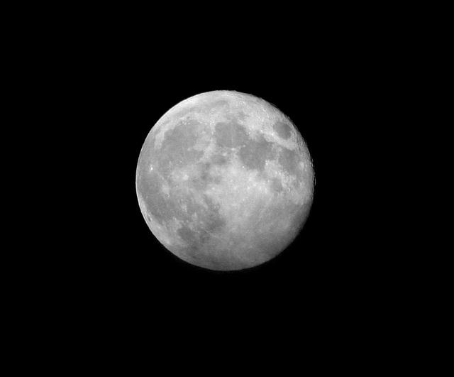 la lune du 9 septembre le soir/the moon of september 9 at night
