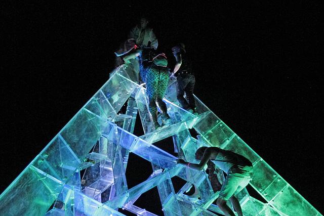 Lucite Pyramid (0425)