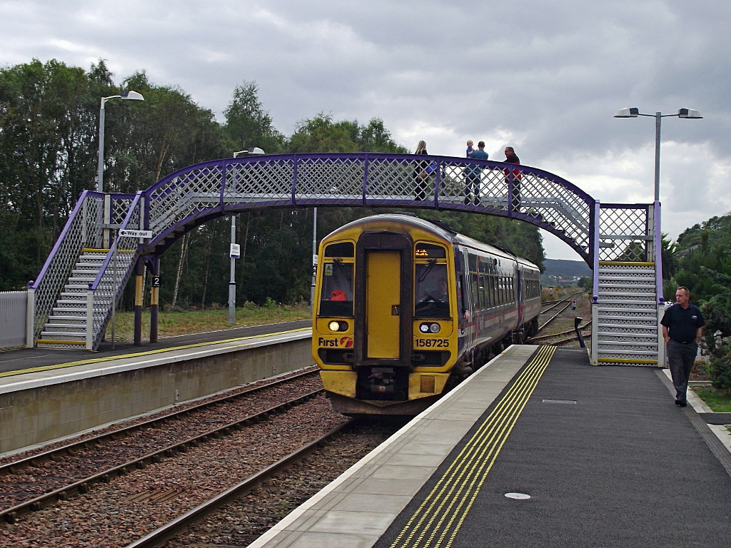 158725 arrives at Dingwall