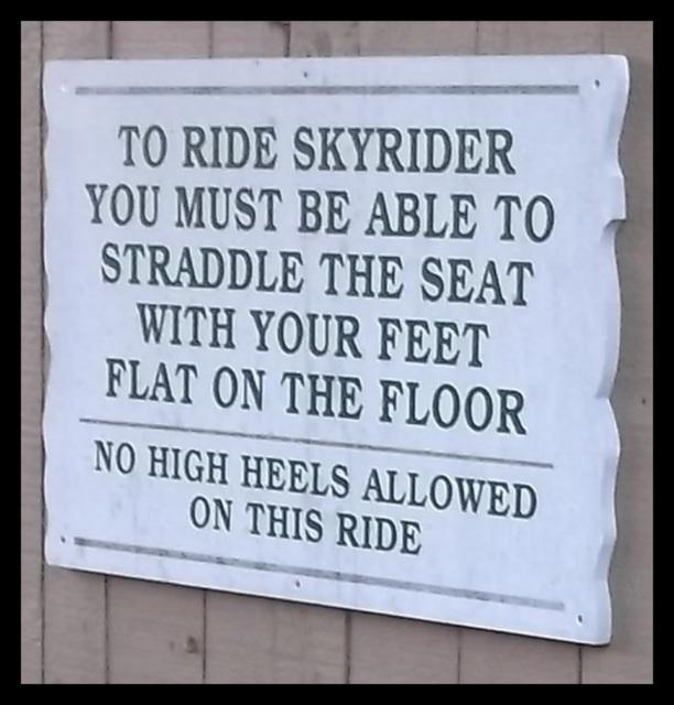 No high heels allowed on this ride - Recadrage
