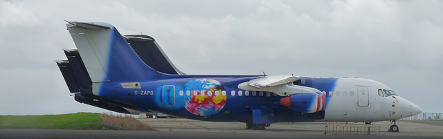 BAe 146 Srs.200 (QC) G-ZAPO (Titan Airways)