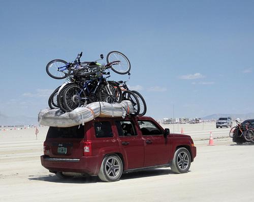 9 Bikes 1 Jeep (6095)