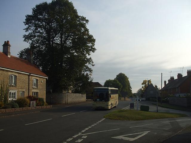 DSCF5869 Mark Bland Travel T518 EUB in Empingham - 10 Sep 2014