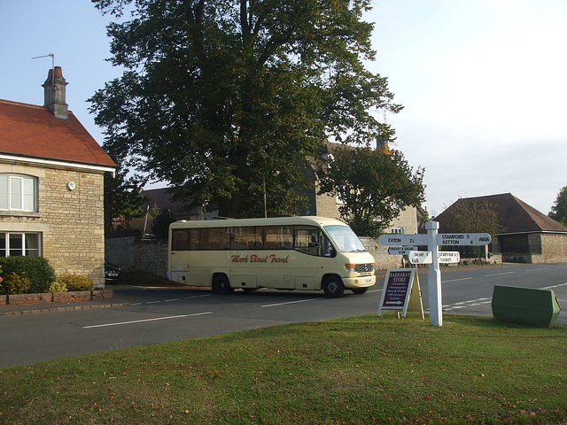 DSCF5872 Mark Bland Travel X228 AWB in Empingham - 10 Sep 2014