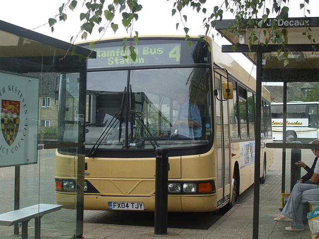 DSCF5928 Centrebus FX04 TJY at Stamford - 11 Sep 2014
