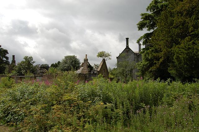 Service Range, Lathallan House, Polmont. Stirlingshire