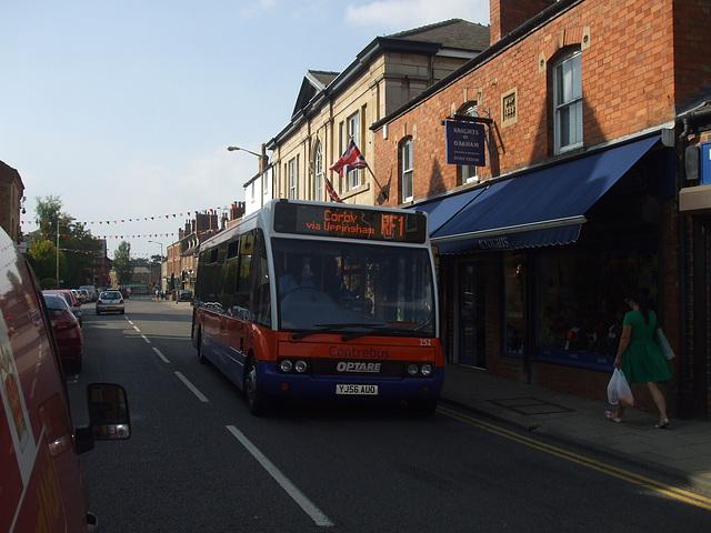 DSCF5900 Centrebus YJ56 AUO