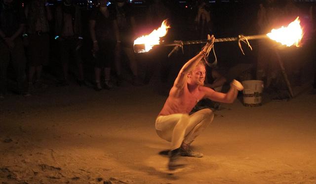 Fire Dancer (0585)