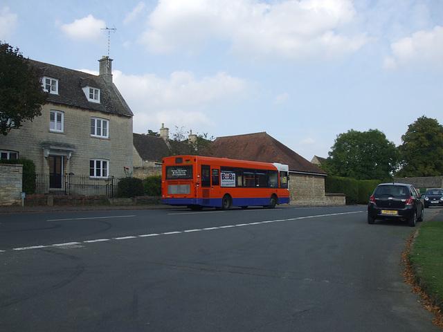 DSCF5832 Centrebus Y259 FJN