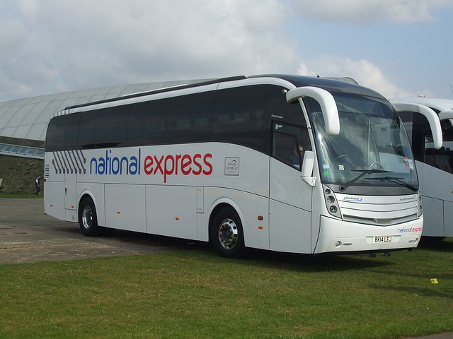 DSCF6055 Chalfont Coaches BK14 LEJ (National Express contractor)