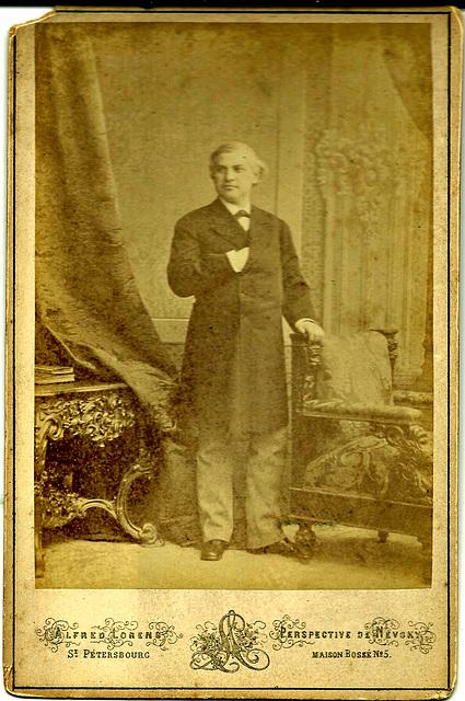 Ivan Melnikov by Alfred Lorens