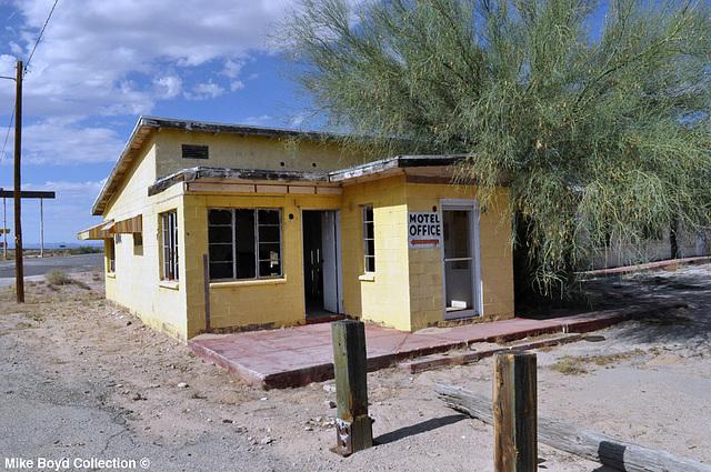 AZ joshua motel complex historic 66 yucca 07'14 01