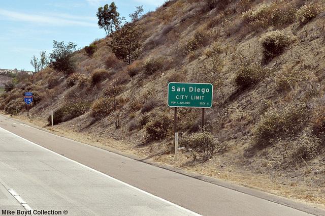 CA i15 sb san diego city limit sign 07'14