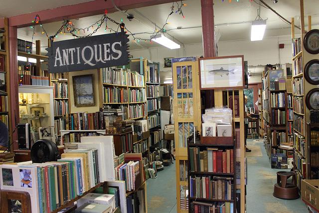 Kingston Hill Bookstore