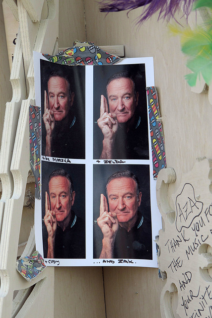 Robin Williams at the Temple Of Grace (0673)