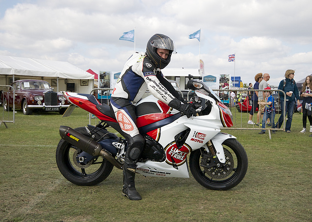 """Dave """"Woody"""" Wood ready for the off on his Suzuki GSXR 1000"""
