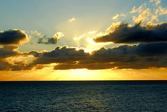 Sonnenaufgang, Wolken, Meer . ©UdoSm