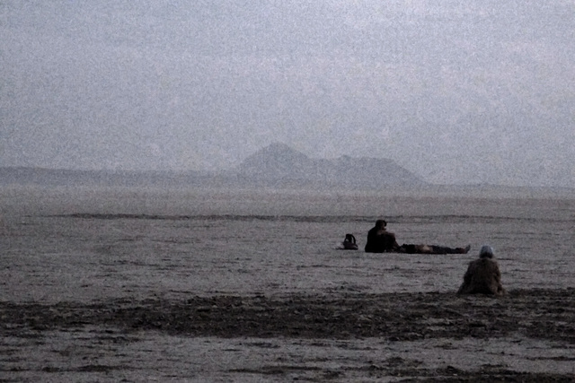 Waiting For Sunrise - Black Rock Mountain In The Distance (0619)