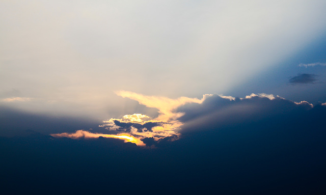 Jeden Abend malt der Himmel neue Bilder .../Every evening the Sky is painting new pictures...